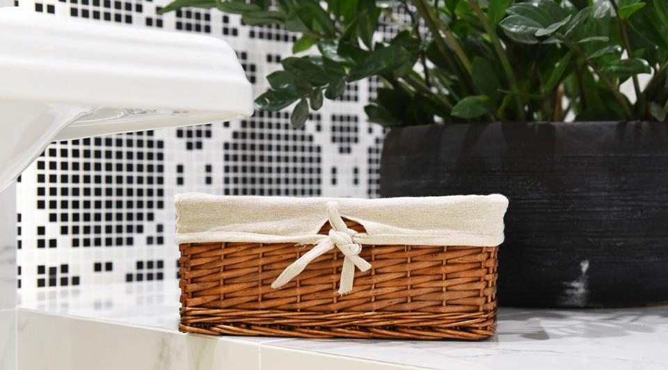 Jak stylowo przechowywać i organizować przestań w łazience?